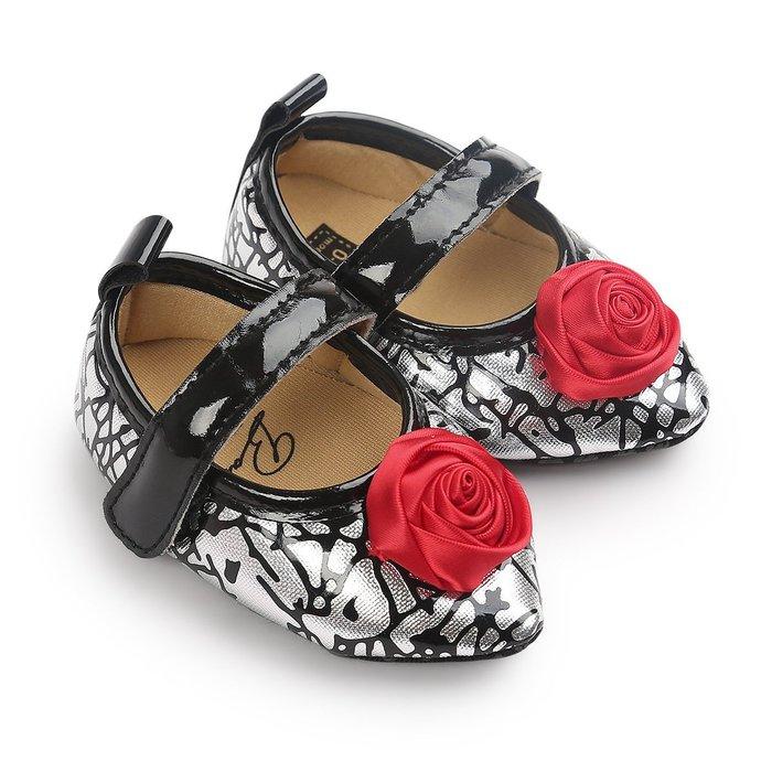 森林寶貝屋~黑紋理尖頭公主鞋~學步鞋~幼兒鞋~寶寶鞋~娃娃鞋~童鞋~粘扣帶設計~穿脫方便~坐學步車穿~彌月贈禮~特價