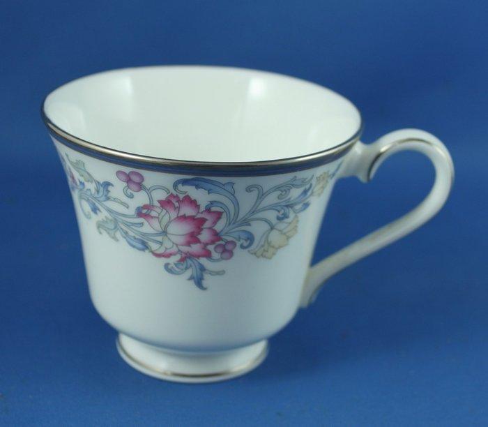 [美]英國百年名瓷ROYAL DOULTON 骨瓷茶杯單杯CANTERBURY系列,全新次級品