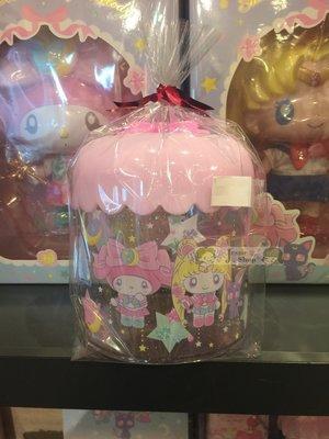 日本SANRIO三麗鷗 美少女戰士x美樂蒂 水手月亮 美樂蒂 露娜 新月 寶石 星星 夢幻可愛 化妝棉收納罐 棉花收納罐