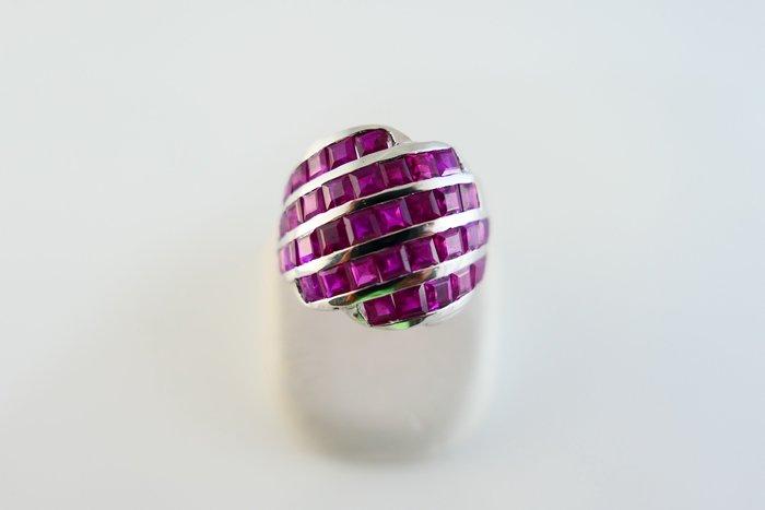 [吉宏精品交流中心]39P 公主方 天然紅寶石 白K金 造型 戒指
