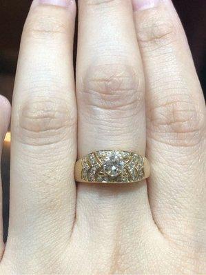 50分天然鑽石戒指,搭配18K金戒台,出清特價28800元,只有一個要買要快,物超所值,買到鑽到,免費修改手圍