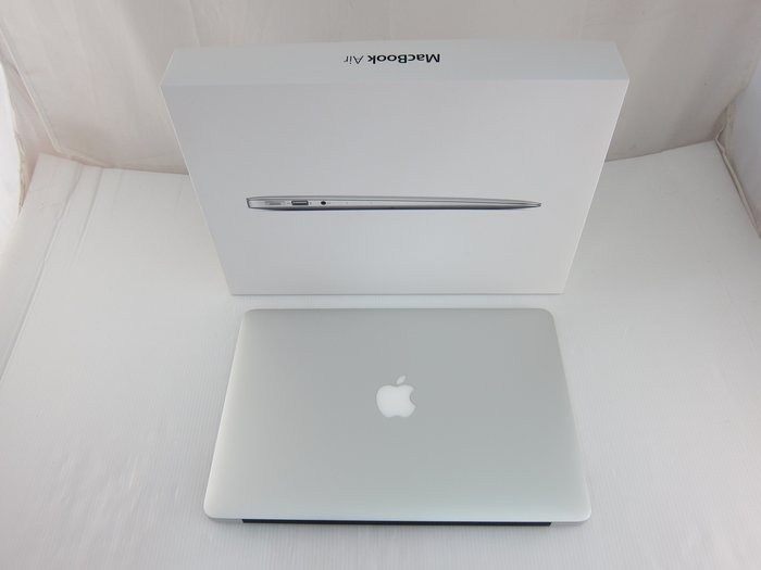 Apple MacBook Air 13/I5 1.3GHz/128G MD760TA/A*11300元*(A0620)