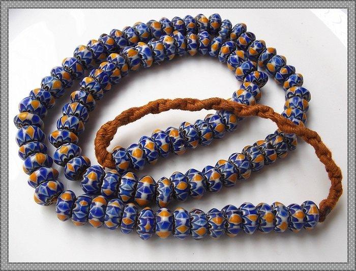 【雅之賞|藏傳|佛教文物】*特賣*尼泊爾 雪弗蘭琉璃佛珠10mm一串~Q2045