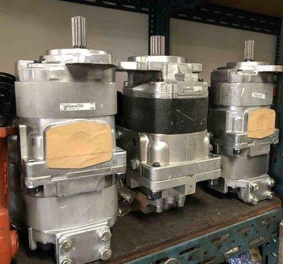 日本小松 KOMATSU.油壓齒輪幫浦 705-11系列 SAL2-45+45 鏟土機油泵/挖土機/怪手油泵