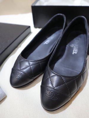 已售出*CHANEL 黑色 經典菱格紋 娃娃鞋