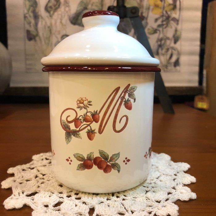 《齊洛瓦鄉村風雜貨》日本zakka雜貨 日本製職人手工製作草莓野莓系列琺瑯收納罐 調味料罐 糖果罐 廚房收納必備 S