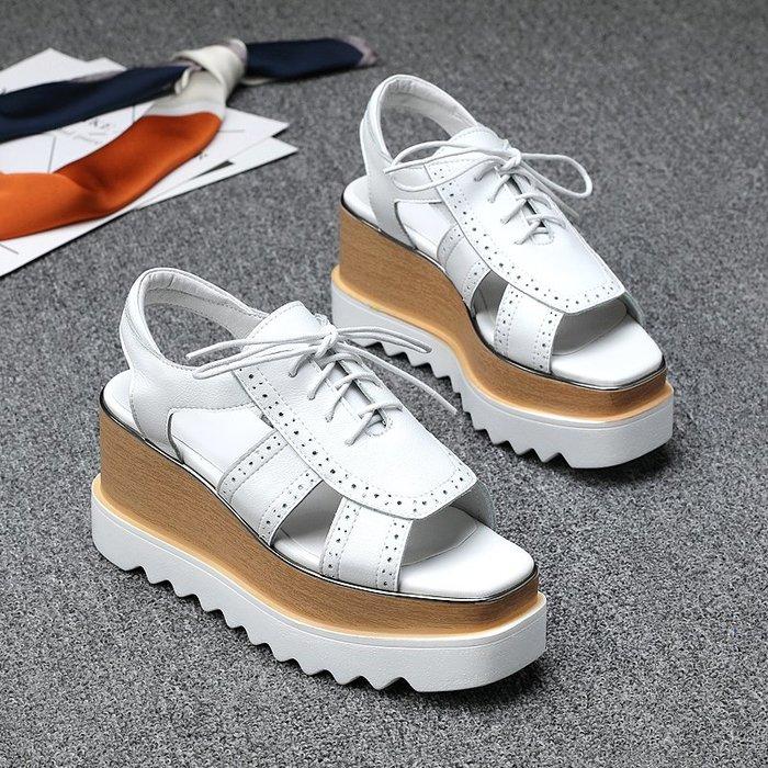 『真皮世家』半寸歐洲站2020夏季新款真皮鬆糕厚底涼鞋女歐美系帶露趾休閑鞋潮