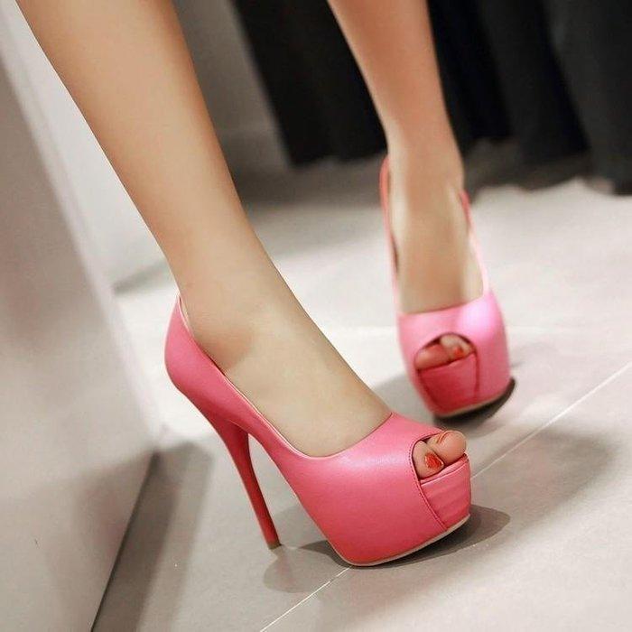 【星居客】精美女鞋大小碼女鞋  輕熟防水臺細高跟涼鞋32 33碼小碼魚嘴涼鞋40-43大碼夜店鞋S932