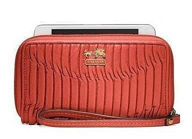全新 COACH 64998 MADISON GATHERED珊瑚色皺摺皮革手機/手拿/包可當零錢包/內有卡片夾層 ~$2080含運