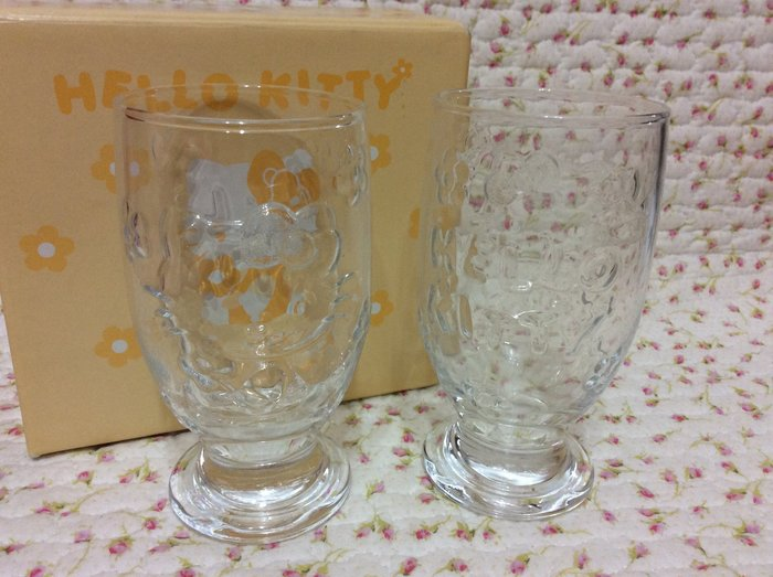 Sanrio hello kitty 立體浮雕玻璃杯/水果杯組《日本製.2005年》收藏特價岀清