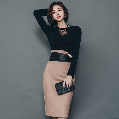 【17LOVE】新款 正韓空運 氣勢性感 貼身 長袖高腰麂皮窄裙 洋裝 套裝組合 百搭 上班套裝 約會 棕 黑 送腰帶