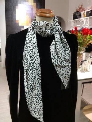 [ RainDaniel ] SAINT LAURENT PARIS 法國經典奢牌 黑絲絨衫