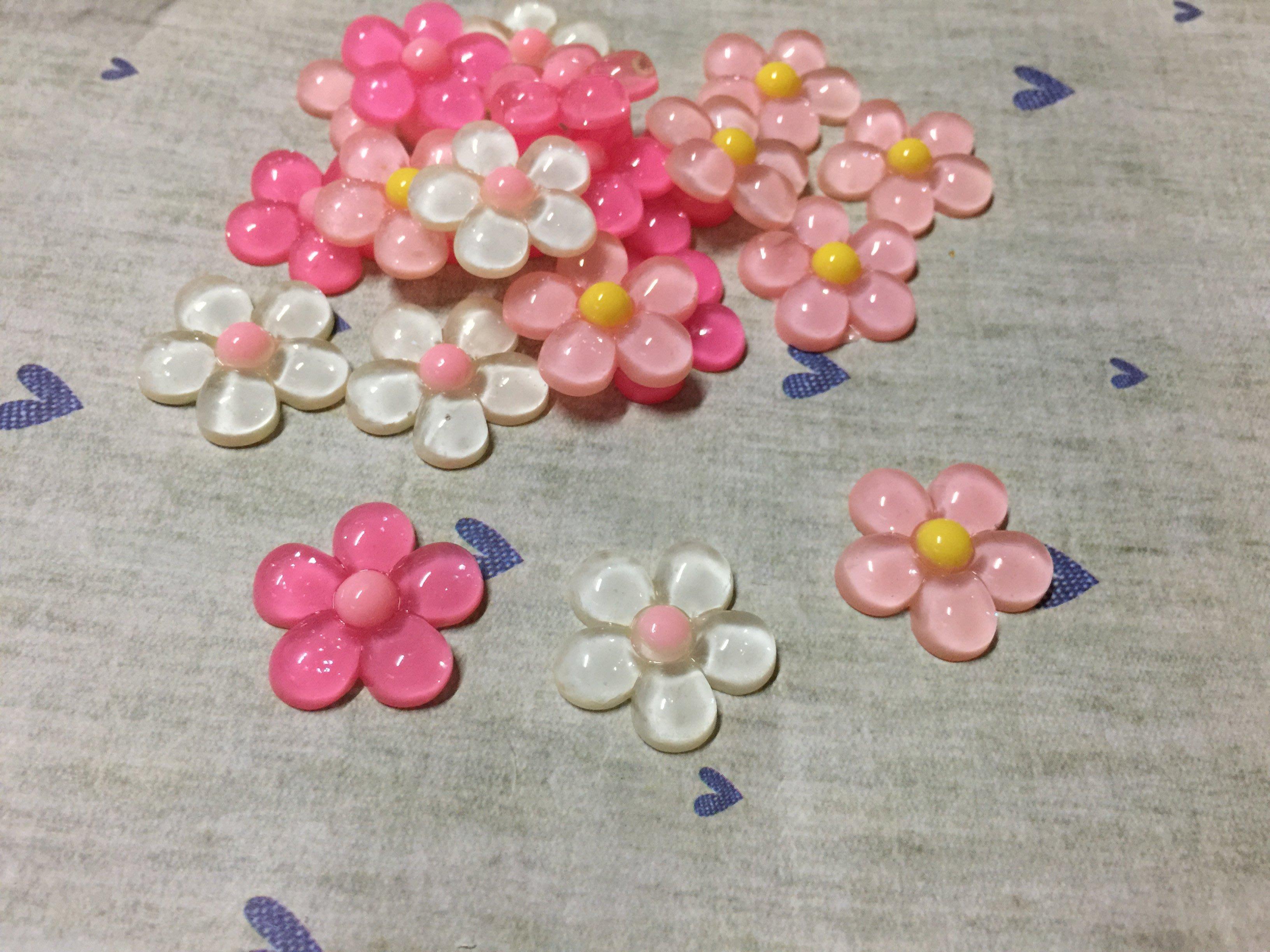23mm 白色 粉紅 花朵 造型DIY素材 奶油殼 貼鑽小物 飾品材料 (現貨)