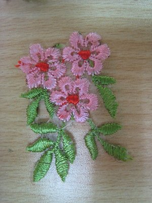 【蕾絲工坊】↙DIY手作材料↗ 刺繡蕾絲貼布貼*M05022*粉花