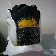 Adidas The KOBE US 9 Audi 白 全新原版正品