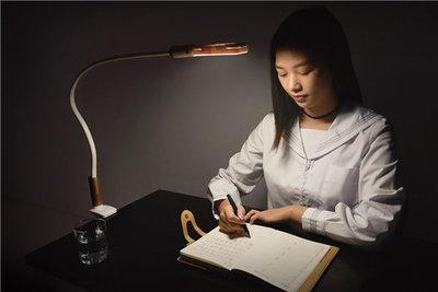 手機支架懶人床頭支架床上看片神器看電視夾子帶led燈喂奶小夜燈