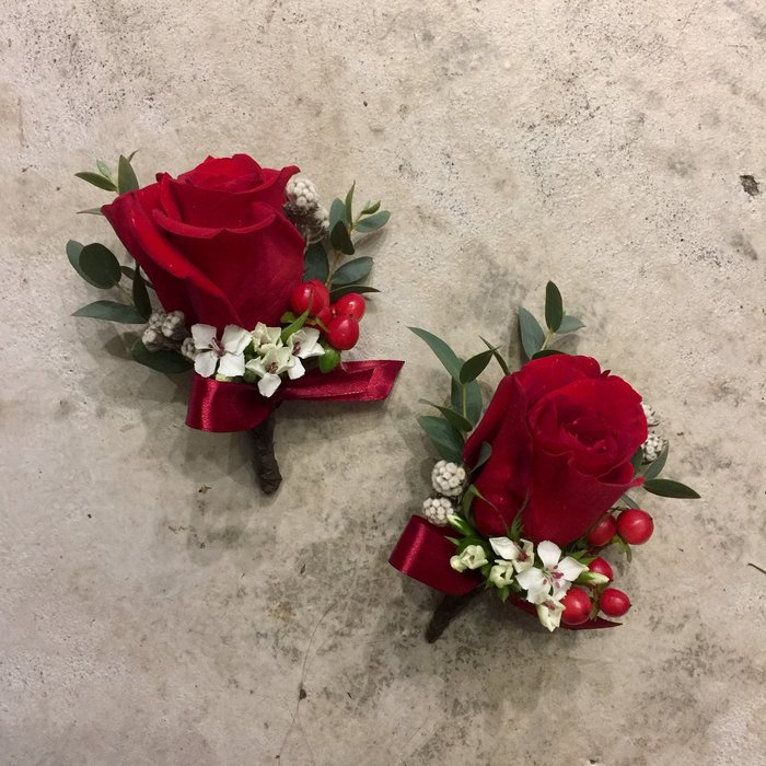 H31。紅玫瑰胸花。新娘新郎胸花。紅玫瑰胸花。台北西門花店。【Flower&House花藝之家】