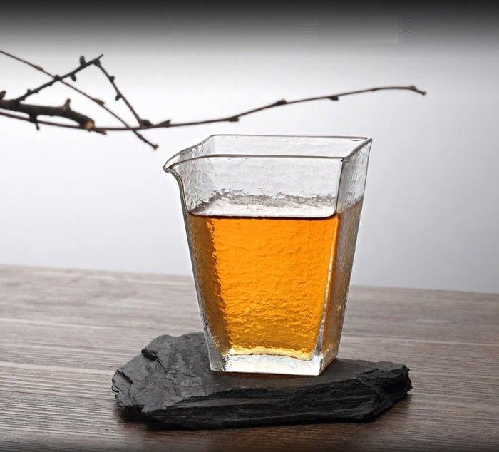 【茶嶺古道】砂礫紋霧面四角玻璃茶海 / 砂礫紋 四方 方形 分茶杯 公道杯 勻杯 分茶器 母杯 茶盅 無把 功夫茶具