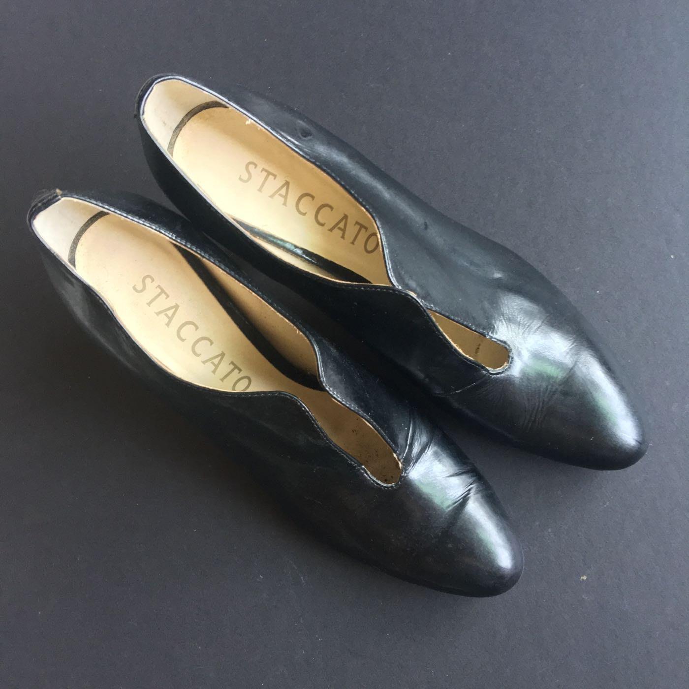 Staccato 高跟鞋👠.正品約2.2折.手工鞋皮質很好.正式場合穿很漂亮!💎💎💎