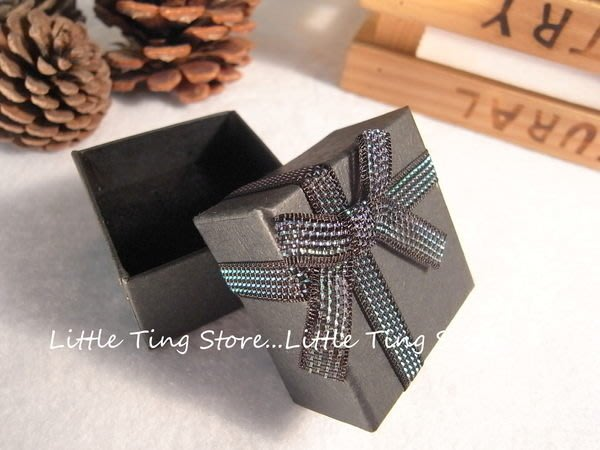 情人生日禮物蝴蝶結緞帶黑色戒指盒/項鍊盒/紙盒/耳環盒珠寶盒/包裝盒/禮品盒 18元