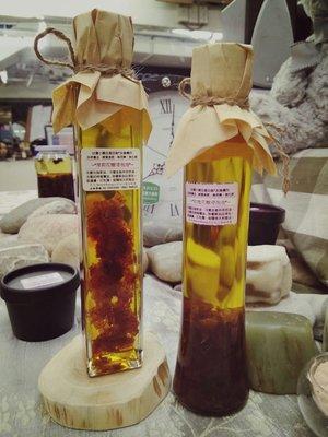 H.E.古坑三號玫瑰花浸泡油~直接使用,保養護膚,自然農法,酵素施肥,無毒無藥最安心~200ml特價680