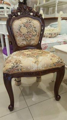 桃花心木雕刻化妝椅