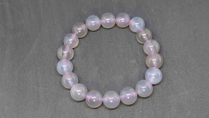晶瑩剔透的紫玉䯝,分享給喜愛或是想戴條不一樣水晶的朋友,朋友買太多轉現金