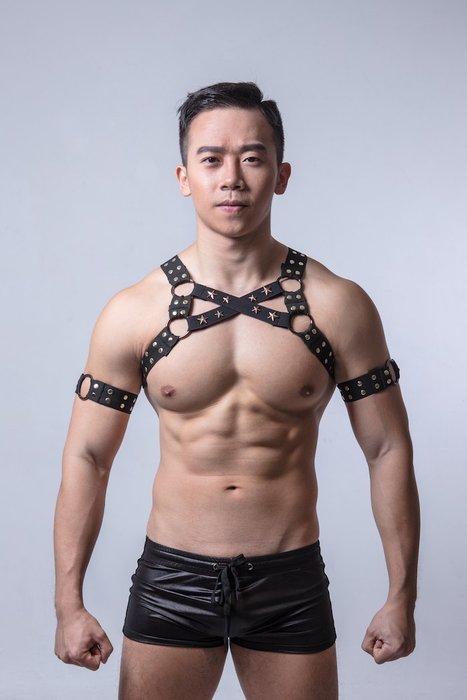 EVAN'S - AJ PARTY KING 胸甲 ( 交叉卯釘-黑色 )