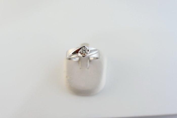 [吉宏精品交流中心]23分 天然鑽石 白K金 八心八箭 造型 戒指 男戒(附證書)