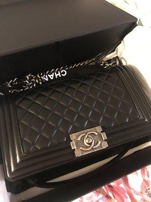 Chanel  boy 25 black 二手