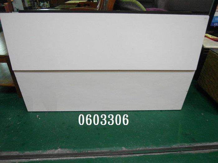【弘旺二手傢俱】NG/庫存 莫三比克白色床頭片5尺 床台 床頭箱 雙層床 子母床-各式新舊/二手家具 生活家電買賣