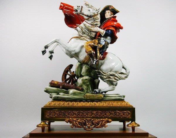 花見小路458.....  絕品 磁雕  拿破崙 鎏金底座 義大利 名磁 ( lichi tosca)