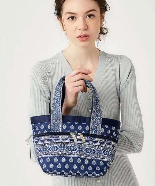 ♥ 小花日韓雜貨 ♥ Lesportsac 藍色鑽石花防水包逛街斜背小托特包 (2754)