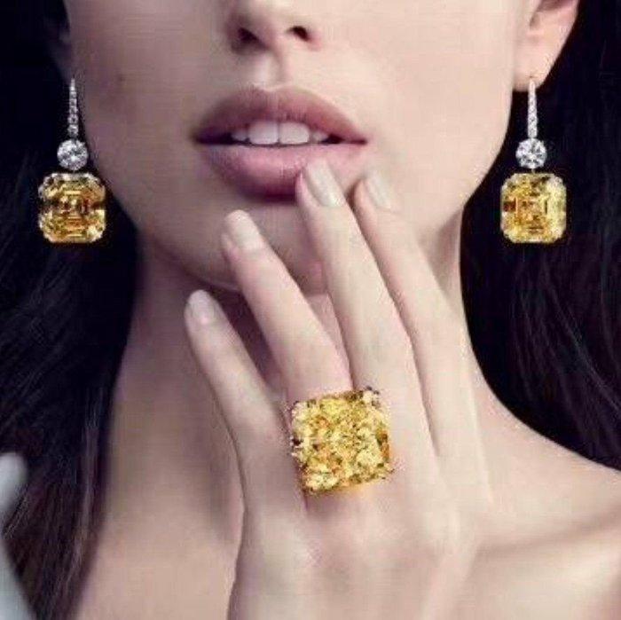 25克拉金鵝黃極光超大黃鑽戒指爪鑲鑽戒求婚 結婚 情人節禮物 鑽石純銀包白金戒指 高碳仿真鑽莫桑石前所未有的驚艷特價批發鑽寶