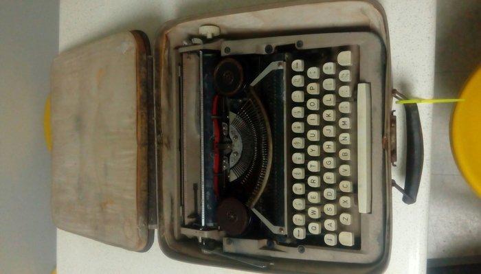 [ov&o] 南洋華人古物蒐藏 打字機 含運