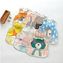 【現貨】韓國moimoln寶寶卡通防水圍兜圍嘴飯兜 口水兜反穿衣 罩衣 圖案可愛 使用清洗方便 外出在家使用皆適合