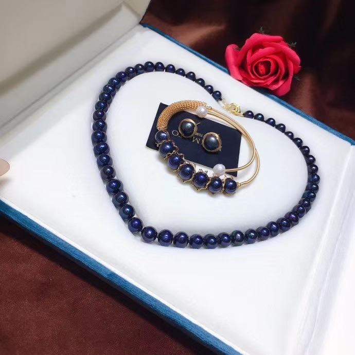 淡水黑珍珠套裝,黑珍珠項鍊➕手鐲➕耳釘!強光近圓有瑕!佩戴看不出來!天然淡水黑珍珠8-9mm左右