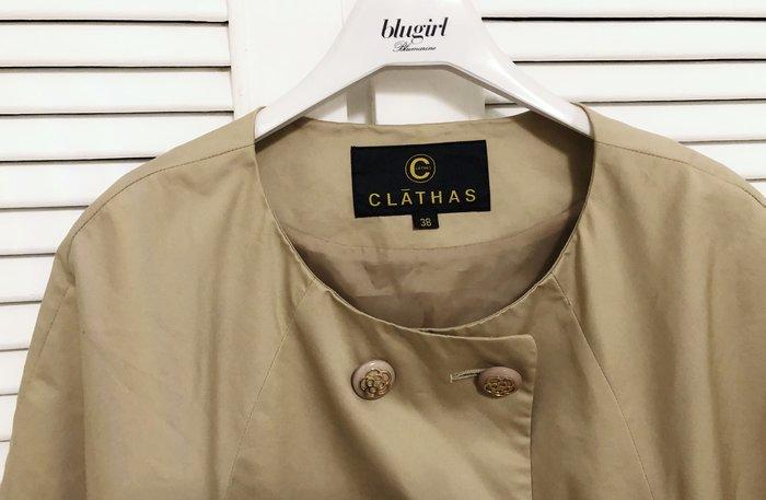 日本小香奈兒CLATHAS 卡其色短版雙排扣斗篷大衣外套