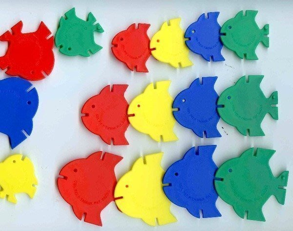 2-4歲幼兒系列【U-bi小舖】4.5.6CM→大大小小熱帶魚積木(花片)64PCS+收納盒