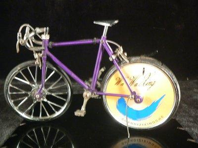 乖乖@賣場~早期 合金自行車打火機 造型打火機 腳踏車~擺飾 擺件~(BN567)
