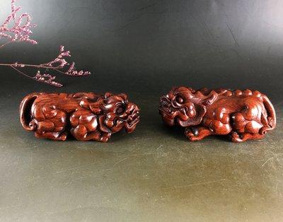 血檀  精雕「貔貅 一對」 雞血紅 高油密老料  紫檀般的底色   E240