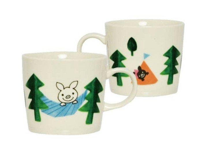天使熊雜貨小舖~LUCKY Pig giggle陶瓷馬克杯-露營款  容量:360ml  日本製  全新現貨