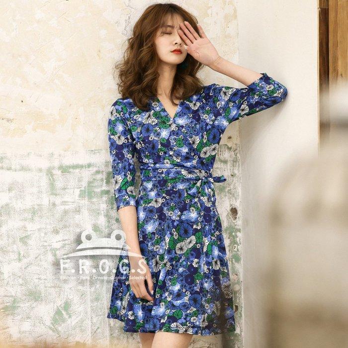 F.R.O.G.S UG1026歐美藍綠白幾何碎花V領各身形皆適合造型一片裙裹身裙綁帶裙休閒裙修身裙連身裙連衣裙洋裝