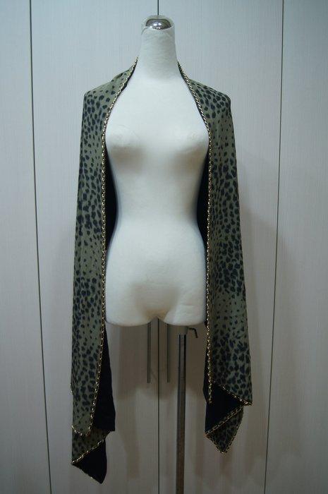 Chloe  綠色點點渲染金邊圍巾    原價 32900     特價  6500