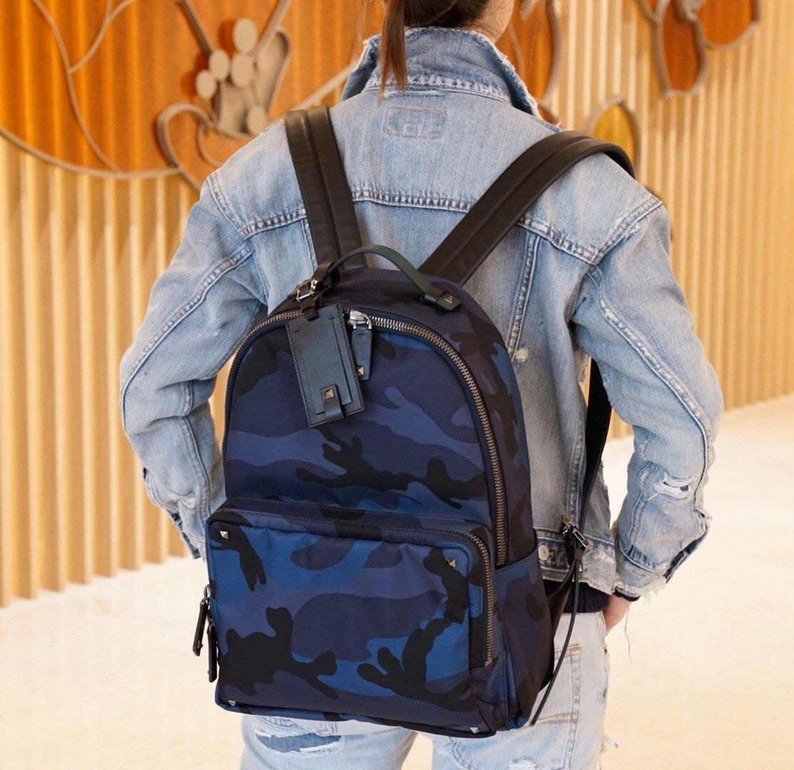 cb63ac210f Valentino 汎倫鐵諾Jacquard Camouflage Backpack 大型後背包藍迷彩現貨| Yahoo奇摩拍賣