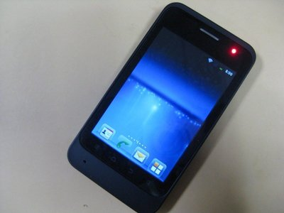 Taiwan Mobile Amazing A1 3G觸控 Wi-Fi 安卓系統 Line 幾無刮痕 217