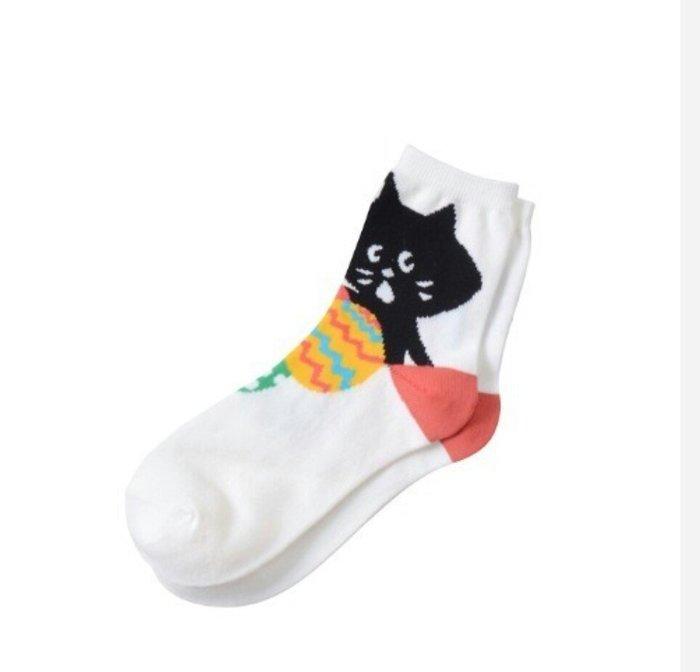 天使熊雜貨小舖~日本NYA驚訝貓純棉襪子  尺寸:2(22~24cm) 日本製  現貨:白、淺藍色2款  全新現貨