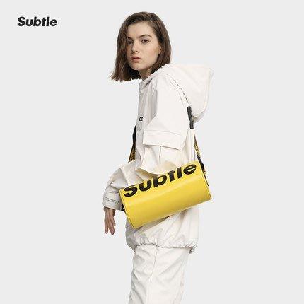 潮牌Subtle KRUIS城市包(單肩包) 時尚有型.遊走城市率性而行 圓桶包 帥氣破表-沙漠黃