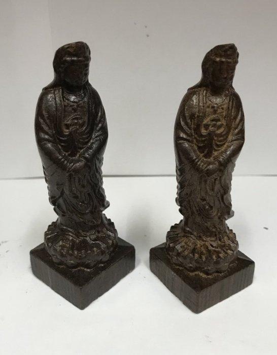 沉水木雕觀音菩薩一對便宜賣$480
