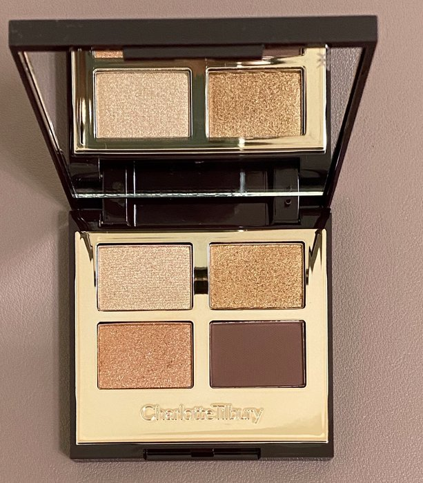 Charlotte Tilbury 四色眼影 #The queen of glow